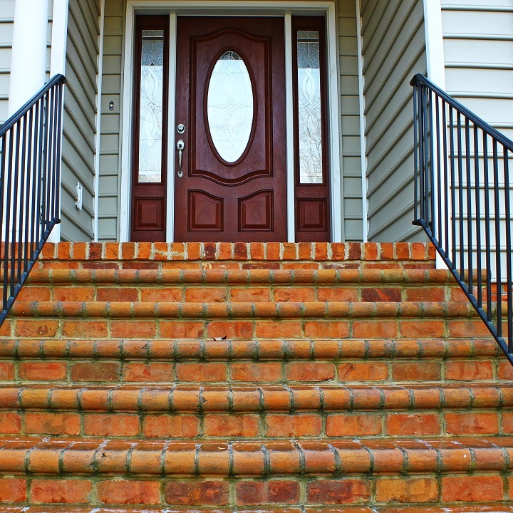 sandro steps construction